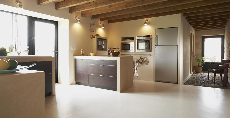 sol en b ton tendance enduits et rev tements moderne pour. Black Bedroom Furniture Sets. Home Design Ideas